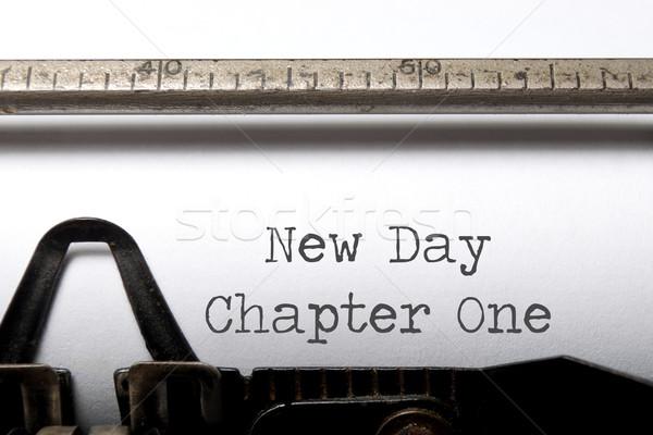 Nuevos día capítulo uno impreso máquina de escribir Foto stock © unikpix