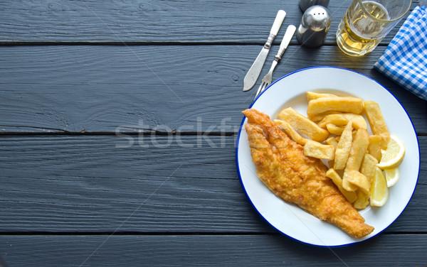 Hagyományos hal sültkrumpli fa asztal űr sör Stock fotó © unikpix