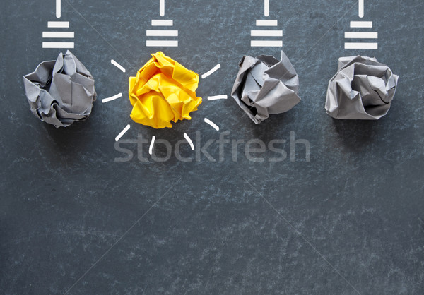 Stockfoto: Nieuwe · idee · ruimte · heldere · oranje · gloeilamp
