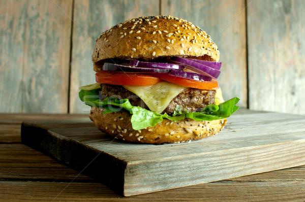 Burger gurme peynir domates soğan Stok fotoğraf © unikpix
