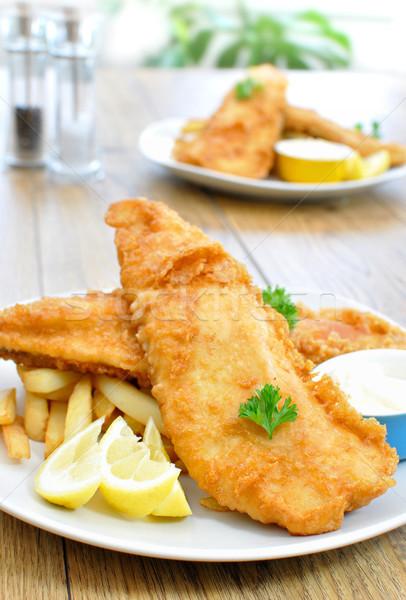 рыбы чипов традиционный английский еды продовольствие Сток-фото © unikpix