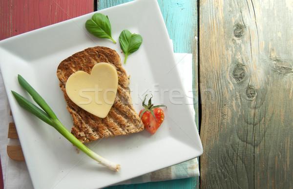 Egészséges szív forma szendvics szív alak szelet sajt Stock fotó © unikpix