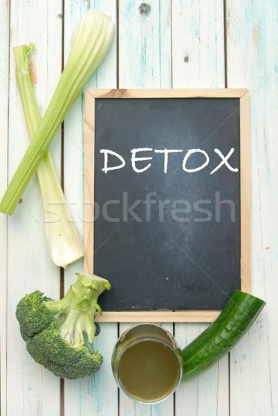 Detoxikáló kézzel írott iskolatábla zöld zöldség smoothie Stock fotó © unikpix