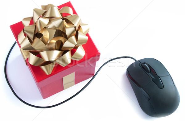 Bilgisayar fare hediye Noel hediye kutusu altın şerit Stok fotoğraf © unikpix
