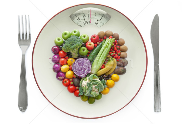 Dieta saludable placa escalas frutas forma de corazón espacio Foto stock © unikpix