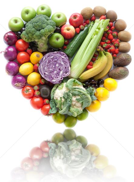 Kalp şekli meyve sebze beyaz gıda meyve Stok fotoğraf © unikpix