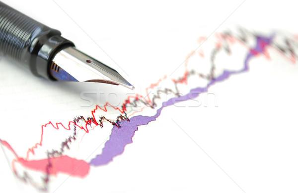 Stock tabla pluma pluma estilográfica superior gráfico de negocio Foto stock © unikpix