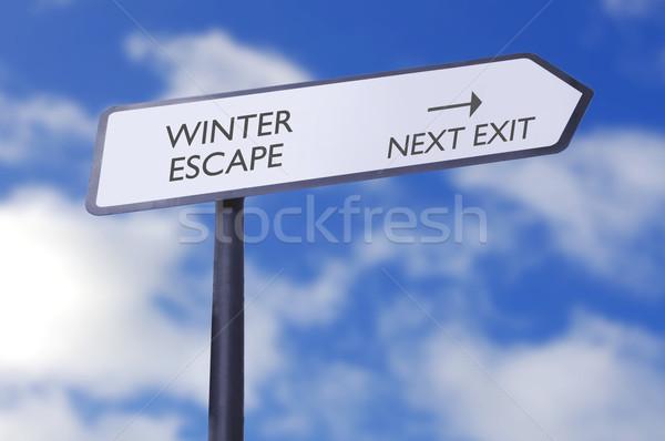 冬 脱出 道路標識 次 終了する 矢印 ストックフォト © unikpix