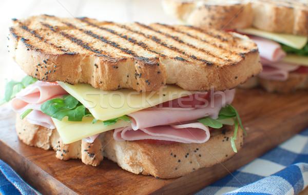 Foto stock: Grelhado · sanduíche · sanduíches · presunto · queijo · topo