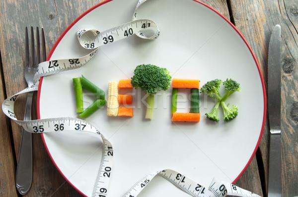 Detoxikáló diéta szöveg tányér különböző brokkoli Stock fotó © unikpix