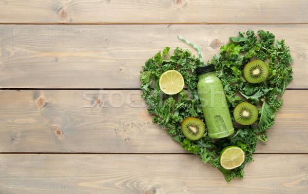 Zöld smoothie szív alak hozzávalók fa asztal gyümölcs egészség Stock fotó © unikpix