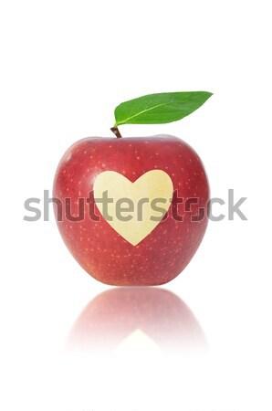 Manzana roja corazón forma de corazón manzana frutas salud Foto stock © unikpix