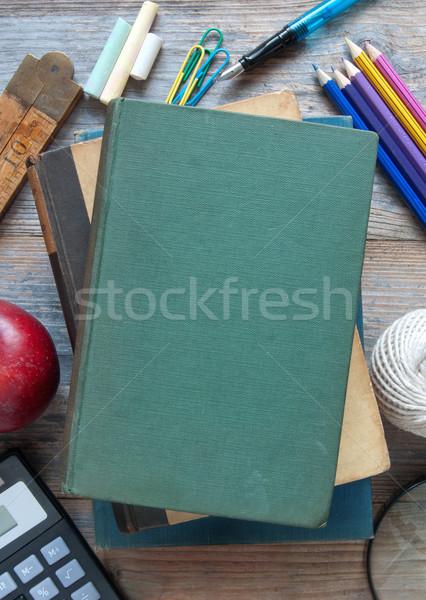 Szkoły edukacji materiały biurowe drewniany stół Zdjęcia stock © unikpix