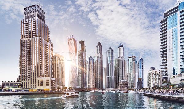 Dubai marina horizonte sol Emiratos Árabes Unidos Foto stock © unkreatives