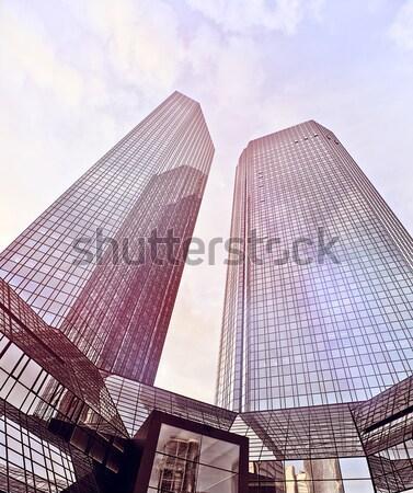 Pénzügyi negyed toronyház épületek alulról fotózva lövés híres Stock fotó © unkreatives