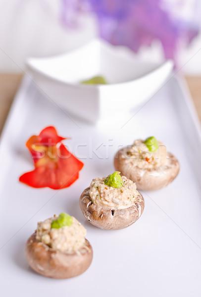 Rauw voedsel champignons vulling moer groene pesto Stockfoto © unkreatives