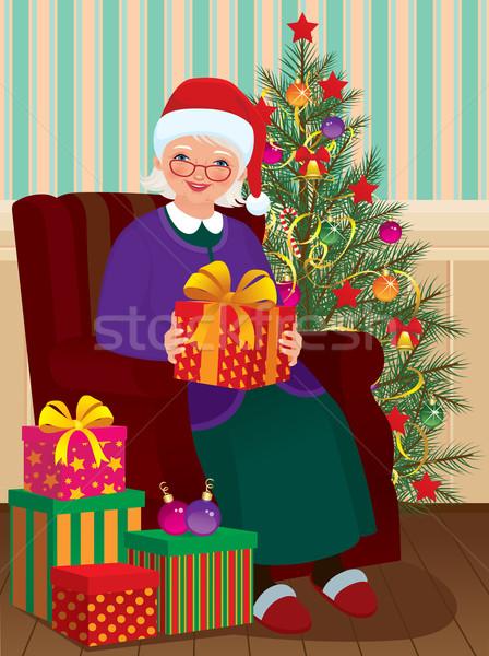 Christmas geschenken oma grootmoeder presenteert vrouw Stockfoto © UrchenkoJulia