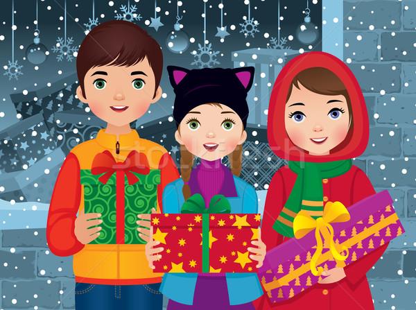 Dzieci christmas prezenty szczęśliwy śniegu Zdjęcia stock © UrchenkoJulia