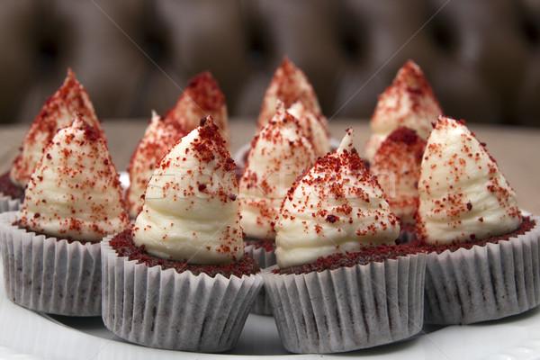 Minitorták piros bársony születésnap torta szín Stock fotó © user_11056481