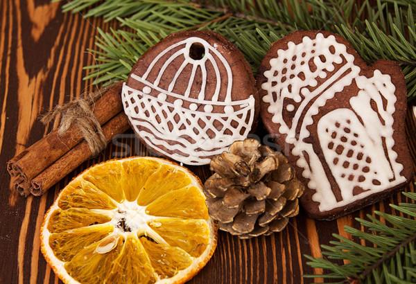 Christmas peperkoek cookies kaneel orange slice hout Stockfoto © user_11056481