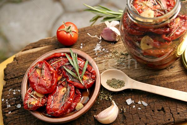 подготовка сушат помидоров сырой старые деревянный стол Сток-фото © user_11056481