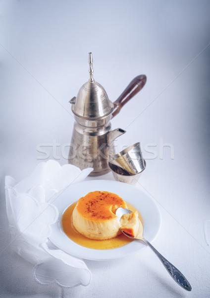Domowej roboty karmel łyżka mleka tablicy krem Zdjęcia stock © user_11224430
