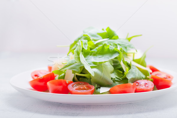 Salade tomates blanche alimentaire fromages rouge Photo stock © user_11224430