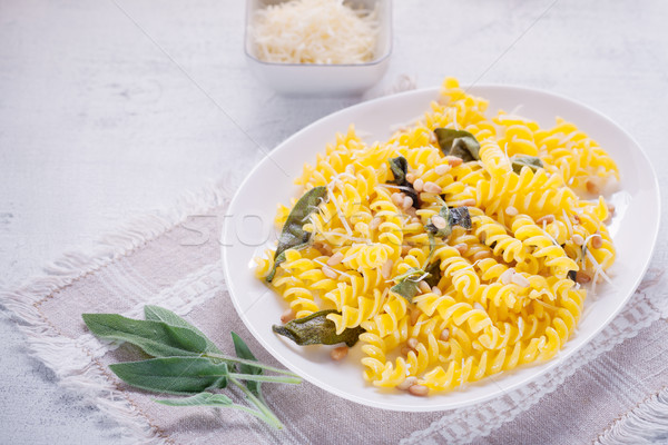 Pasta knoflook salie pine noten glutenvrij Stockfoto © user_11224430