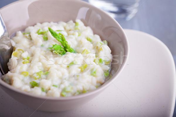 Rizottó spárga felszolgált fehér tányér zöld Stock fotó © user_11224430