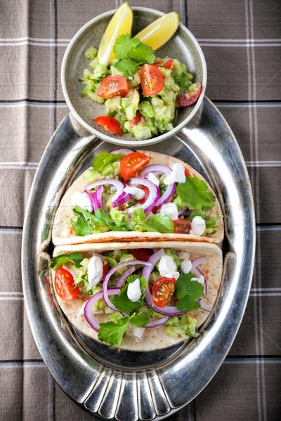 Frango tacos legumes servido tabela comida Foto stock © user_11224430