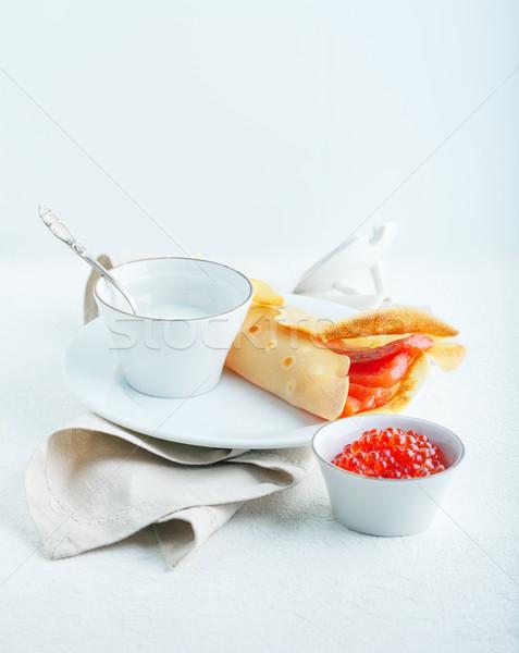 Krepa wędzony łosoś krem ser kawior Zdjęcia stock © user_11224430