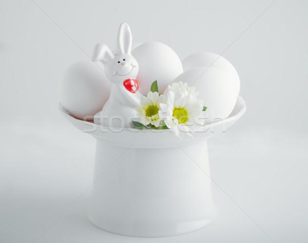 Ovos de páscoa coelhinho da páscoa páscoa símbolos flor primavera Foto stock © user_11224430