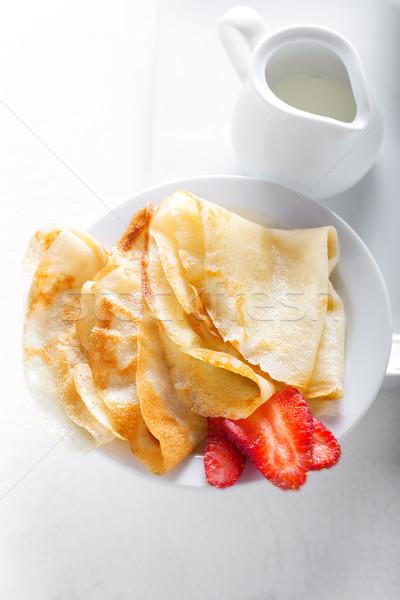 çilek beyaz gıda yaprak plaka kahvaltı Stok fotoğraf © user_11224430