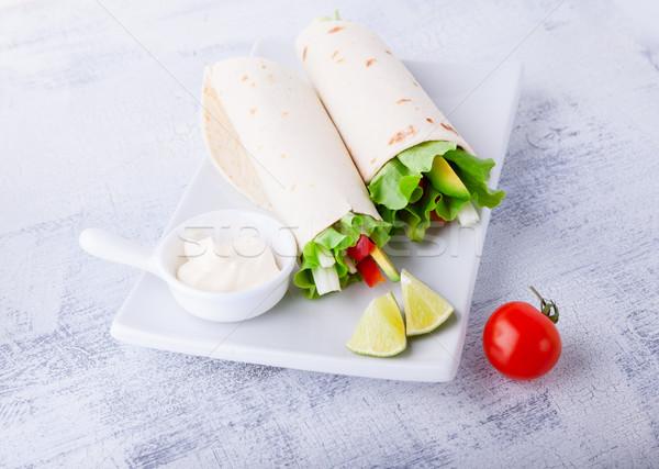 Zöldség csomagolás szendvicsek fehér tányér étel Stock fotó © user_11224430