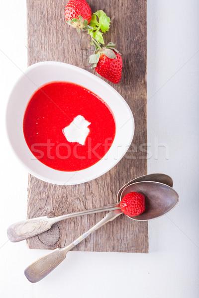 çilek çorba kaşık tablo kırmızı soğuk Stok fotoğraf © user_11224430