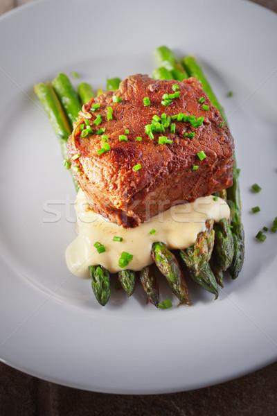 гриль говядины овощей спаржа белый пластина Сток-фото © user_11224430
