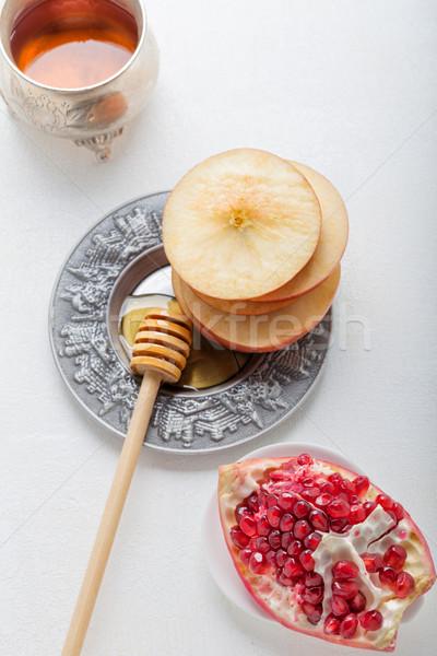 リンゴ ザクロ はちみつ プレート 写真 jarファイル ストックフォト © user_11224430