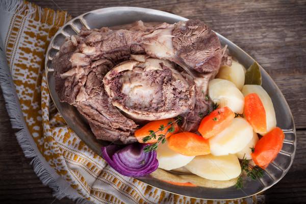 Frans rundvleesstoofpot wortel voedsel brand Stockfoto © user_11224430