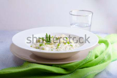 Risotto espargos queijo servido tabela verde Foto stock © user_11224430