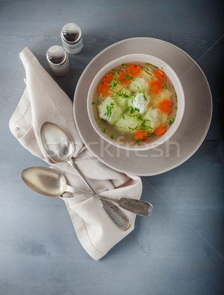 Tyúkhúsleves húsgombócok zöldségek asztal tányér hús Stock fotó © user_11224430