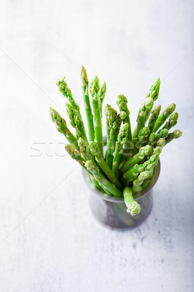 Taze yeşil kuşkonmaz tablo bahar yeme Stok fotoğraf © user_11224430