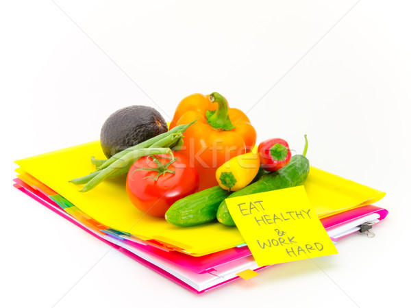 Oficina documentos hortalizas comer saludable trabajo Foto stock © user_9323633