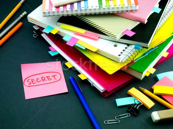 Stock fotó: üzenet · dolgozik · asztal · titok · üzlet · iroda