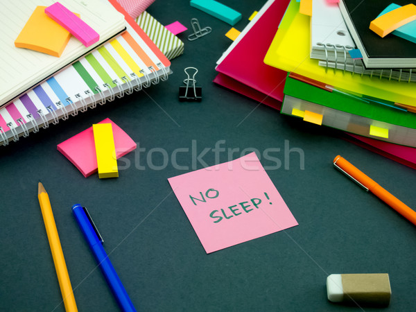 Bericht werken bureau geen slaap kantoor Stockfoto © user_9323633