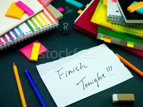 Bericht werken bureau afwerking kantoor school Stockfoto © user_9323633