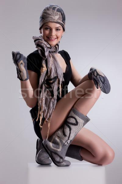 De moda ropa jóvenes mujer atractiva hecho a mano Foto stock © user_9834712