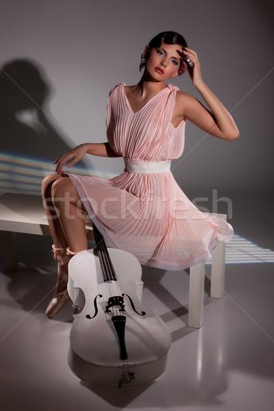 Jóvenes bailarina mujer atractiva rosa vestido ballet Foto stock © user_9834712