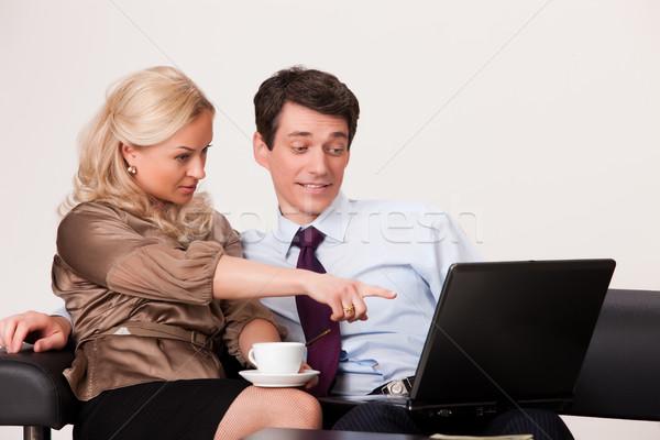 Fiatal nő férfi notebook fiatalember nő üzlet Stock fotó © user_9834712