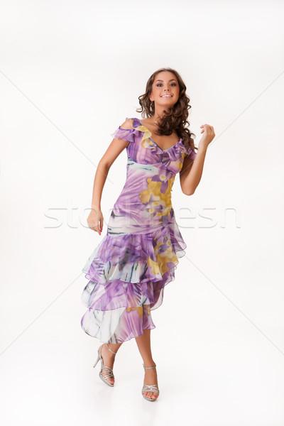 Foto stock: Jóvenes · mujer · hermosa · de · moda · vestido · ropa · aislado