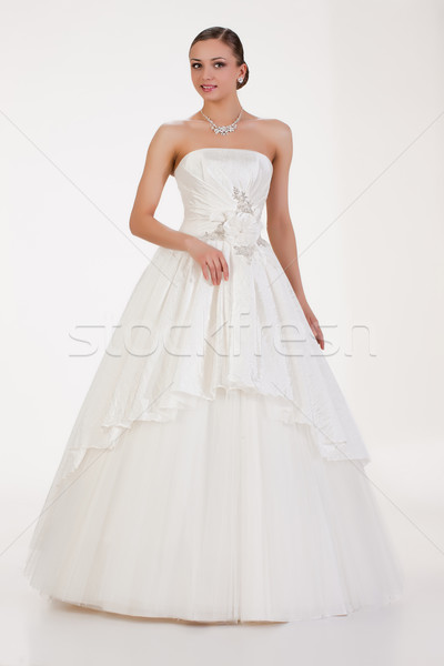 Jóvenes novia mujer hermosa vestido de novia amor mujeres Foto stock © user_9834712